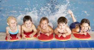 sicurezza bambini in piscina